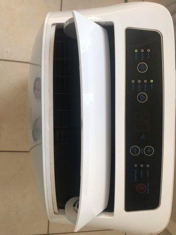 Ar condicionado portátil 11.000 Btus quente e frio. - Foto 2
