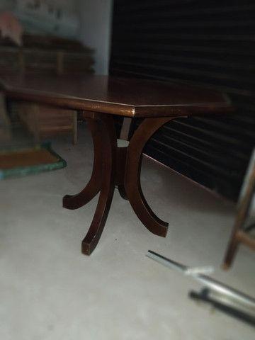 Mesa com tampo oitavado de madeira - Foto 3