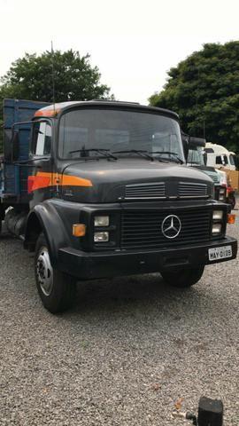 Caminhão mercedes bens 1113L toco