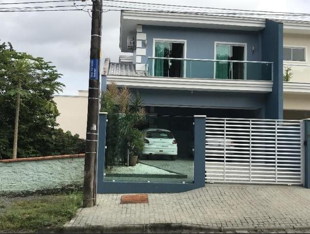 Casa à venda com 3 dormitórios em Bom retiro, Joinville cod:KR807