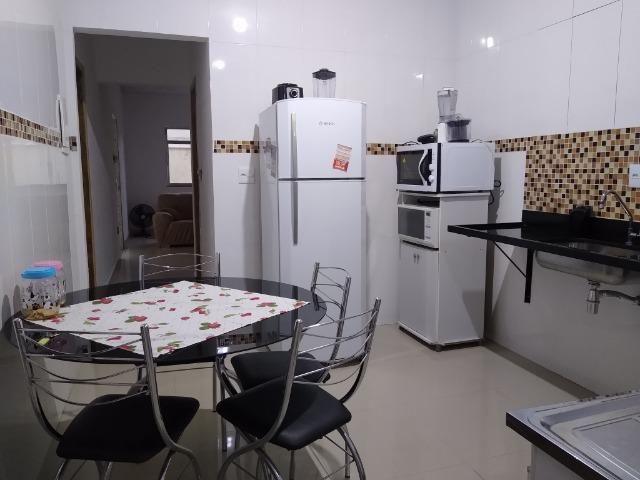 Bela Casa Linear com Quintal - Condomínio Próx. a Est. Iaraquã (Brito) - Foto 3