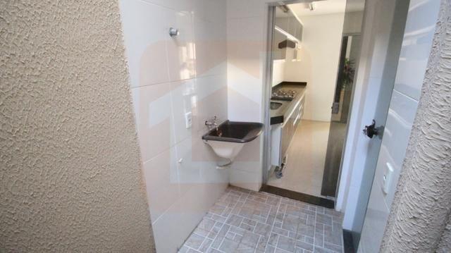 Sobrado - Condomínio Fechado - 3 Qts com Suíte c/ armários na cozinha e cooktop - Foto 14