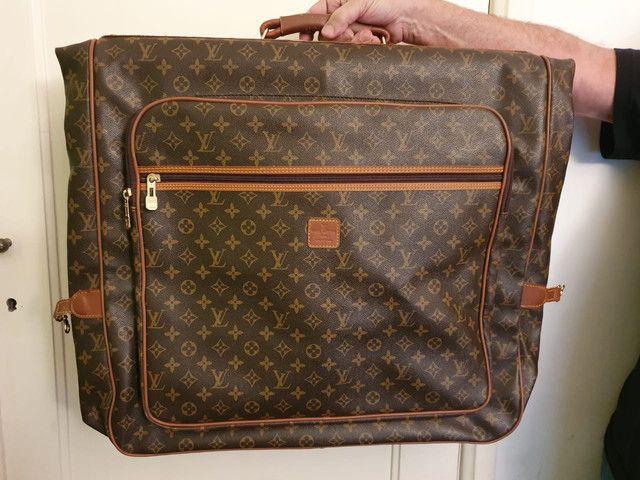 Porta terno Louis Vuitton
