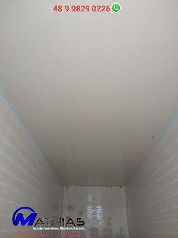 Baú frigorifico 14 paletes Peixeiro Comp 7.50m Mathias Implementos - Foto 2