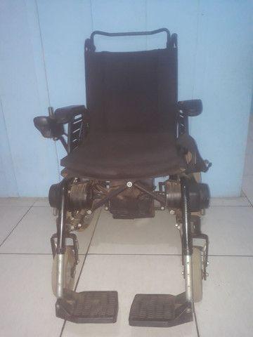 Cadeira Motorizada Elétrica Freedom de 5.500 por 5.000 mil - Foto 2
