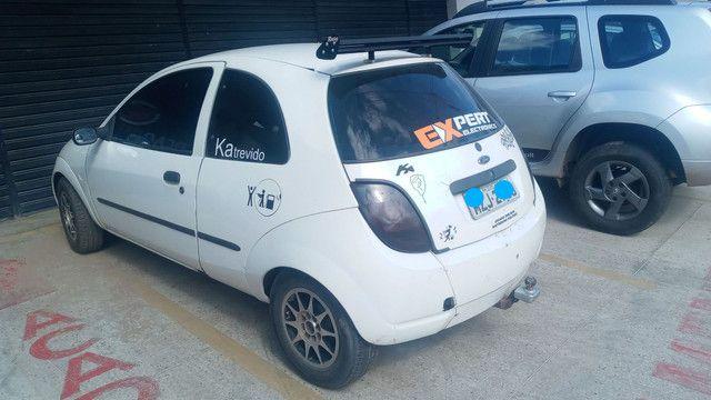 Troco ford ka com som em carro mais novo preferencia 4 portas conpleto - Foto 2