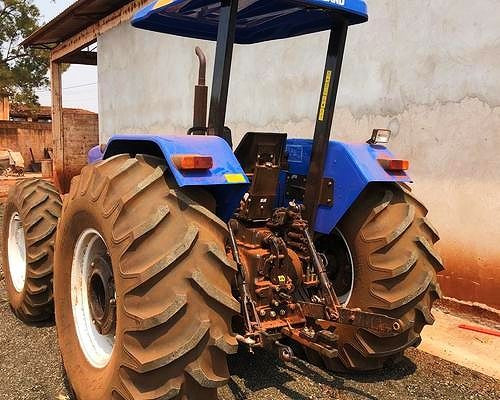 7630 New Holland <br>- 2014 - Foto 2
