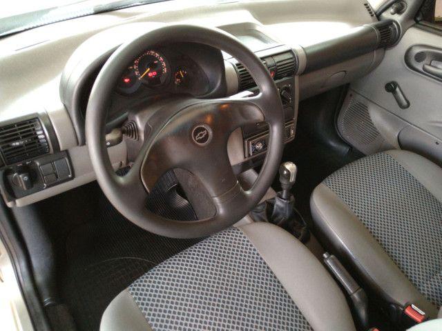 GM Corsa - Foto 9