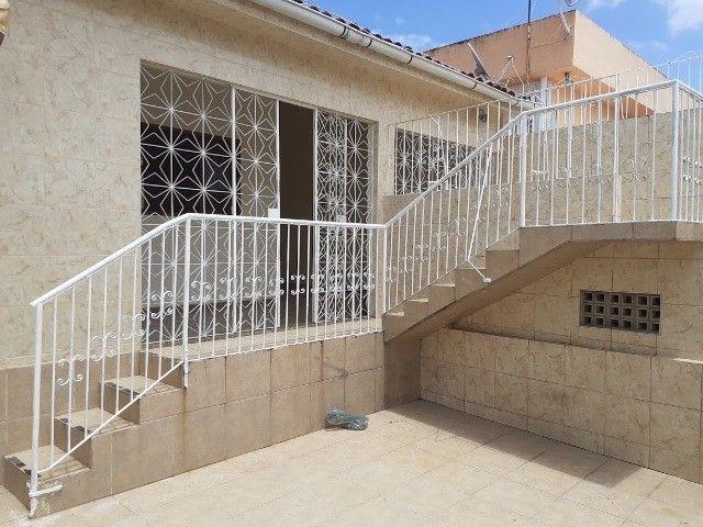 Casa em Rio Doce_Olinda_3Quartos com 1Suíte, Sala com Jardim Suspenso, 3Vagas, Poço Art. - Foto 2