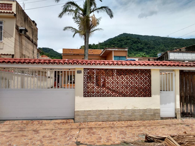 Imobiliária Nova Aliança!!! Vende Excelente Casa Independente na Rua Sergipe em Muriqui  - Foto 3