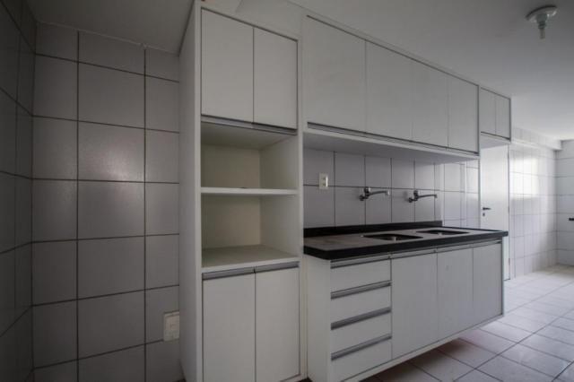Apartamento com 3 quartos para alugar, 98 m² por R$ 3.330/mês - Boa Viagem - Recife/PE - Foto 17