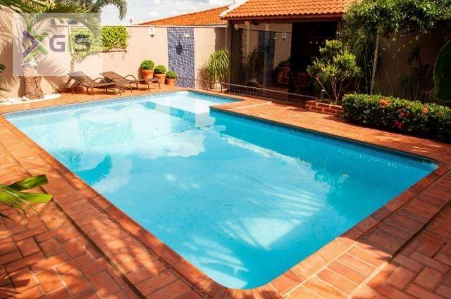 Imóvel Lindo. Casa com 4 dormitórios. Área Gourmet com piscina. Excelente Localização. - Foto 19