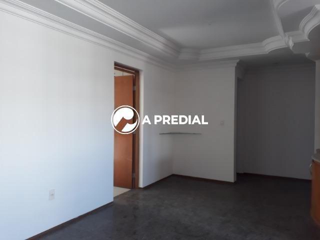 Apartamento 3 quartos, a poucos metros da Avenida Desembargador Moreira. - Foto 6
