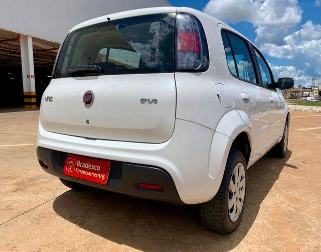 Fiat Uno Attractive 1.0 Flex 2019 60mil km - Foto 4