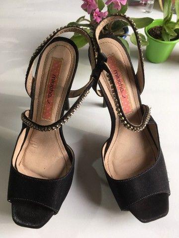 Sandalia preta strass