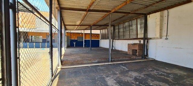 Alugo ou vendo- Barracão com pátio grande, no Jd. Novo Bongiovani em P. Prudente- SP - Foto 5