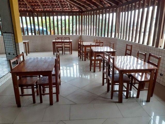 Conjunto mesa madeira com 4 cadeiras - Foto 3