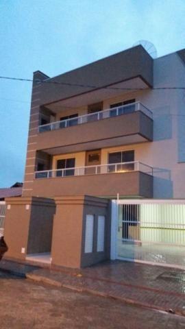 Apto 02 dorms (01 suíte) Perequê - Porto Belo SC
