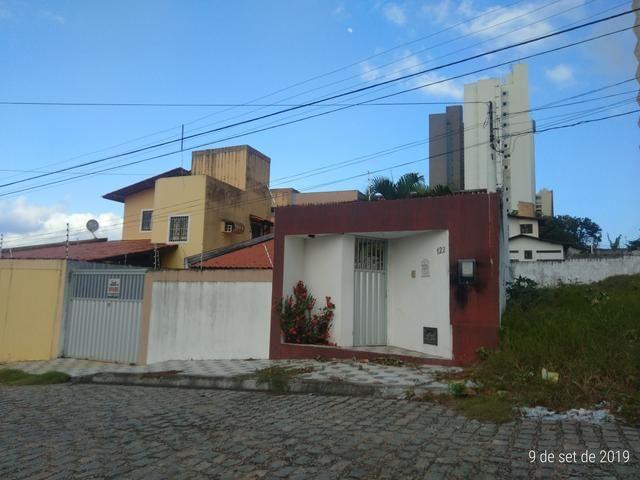 Vendo bela casa localizada em Ponta Negra - Foto 2