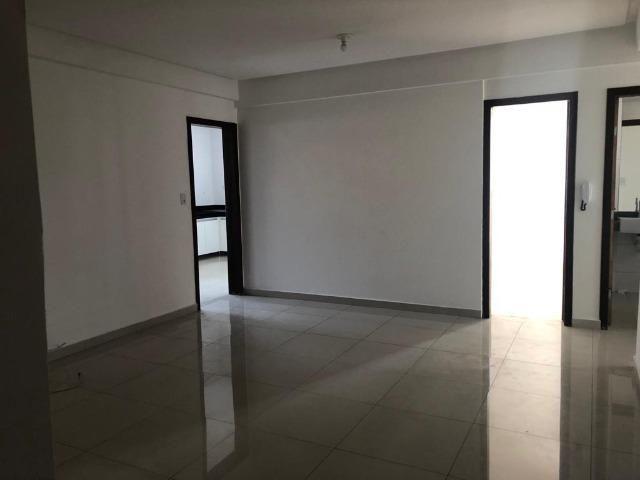 Apartamento no Centro de Nova Serrana