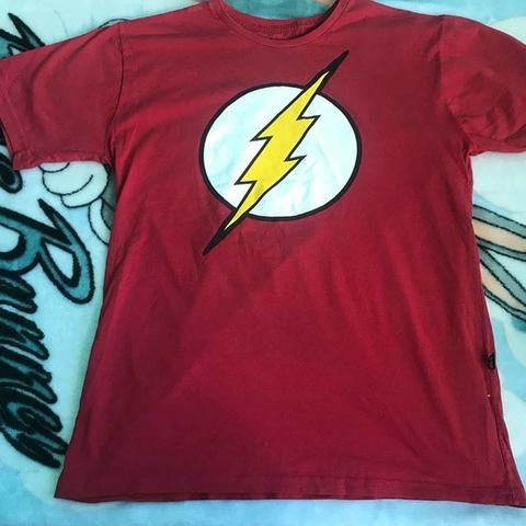 Camisa do flash