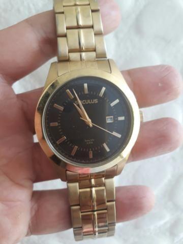 66cd6edfd47 Vendo Relógio Seculus usado de cor dourada - Bijouterias