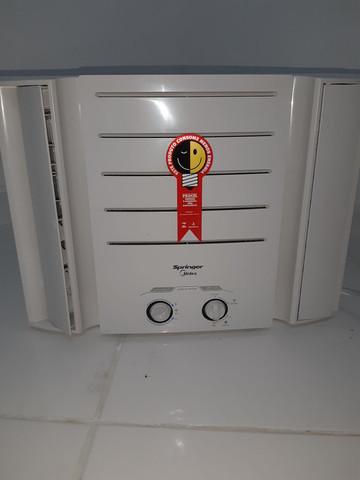 Ar condicionado de janela de 7.500 bitws