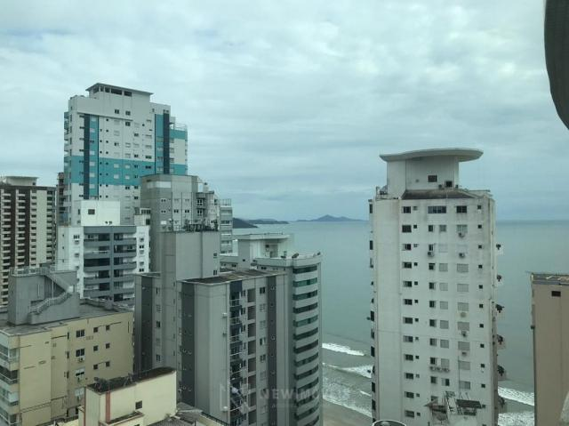 Apartamento Quadra Mar Mobiliado 3 Suítes - Foto 19