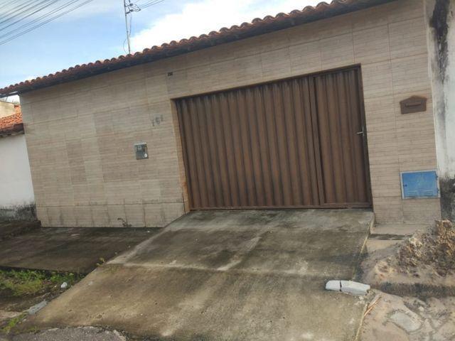 Casa, Eusébio, as margens da BR- 116, 4 quartos, 2 vagas de garagem, oportunidade