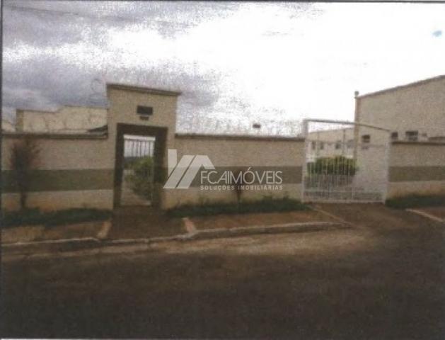 Apartamento à venda com 2 dormitórios cod:16539b3a833