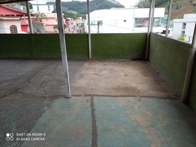 T- Casa 2 Qts + Terraço Amplo, no Centro de Santa Maria - Foto 9