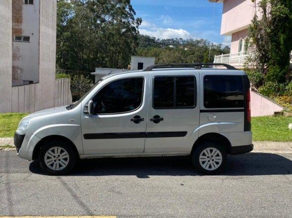 Fiat Doblo Essence 1.8 16V (Flex) 2014 - Foto 3