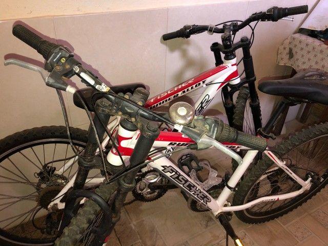 Vendo 2 bicicletas alumínio Aro 26, 18 marchas - Foto 2