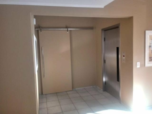 Vendo apartamento com 3 suítes no Papicu - Foto 2