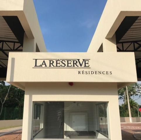 Vende-se um Apartamento no La Reserve