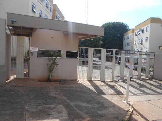 Apartamento no residencial Eudes Costa - Centro
