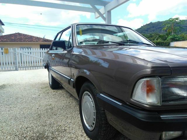 Vendo Ford Del Rey 1.6 CHT1985 guia - Foto 3