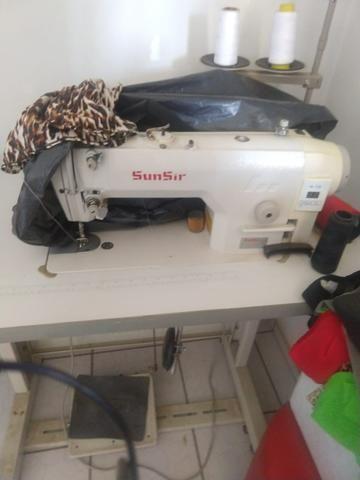Máquina de costura industrial completa