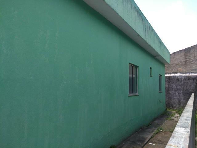Cactos Centro de Ananindeua 150 metros da BR casas 2/4 em condomínio fechado com laje - Foto 11