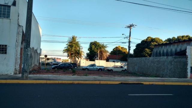 Terreno em frente ao Shopping Praça Nova