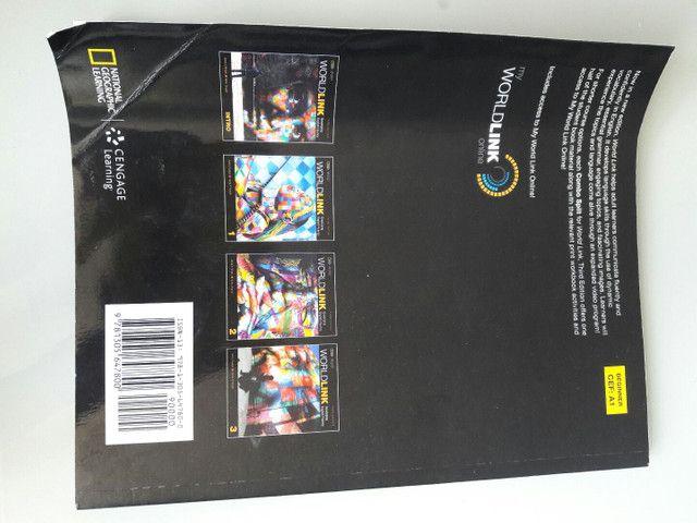 Livro de inglês WorldLink - Colégio Motivo - Foto 2