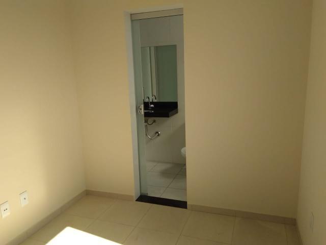Área privativa, 02 quartos, 01 vaga, 62,31 m² bairro Candelária - Foto 5