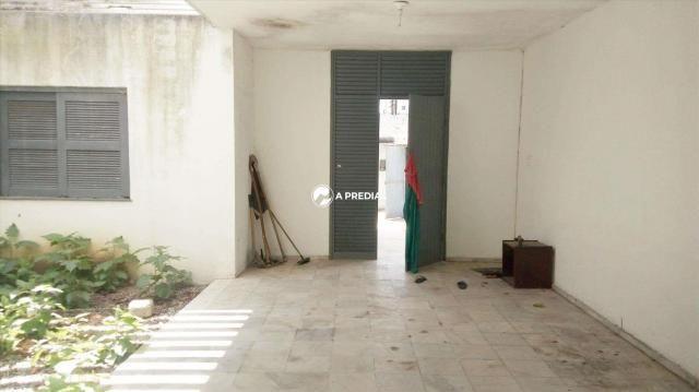 Casa comercial com 3 quartos, a poucos metros do La Maison Buffet. - Foto 11