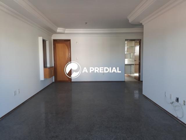 Apartamento 3 quartos, a poucos metros da Avenida Desembargador Moreira. - Foto 5