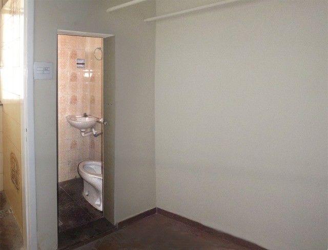 Apartamento grande, 3 quartos, localização estratégica e privilegiada, silencioso. - Foto 11