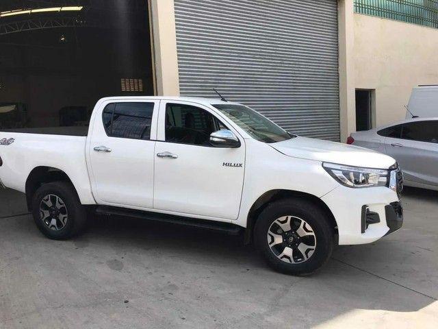 Toyota Hilux 2.8 4x4 - Foto 2