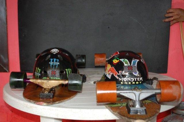 Long board com capacetes - Foto 3