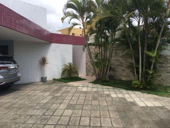 Linda casa no bairro dos estados 20 x 35 com piscina for Casa moderna de 7 00m x 15 00m