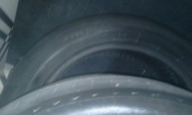 Vendo pneu aro16,205/55