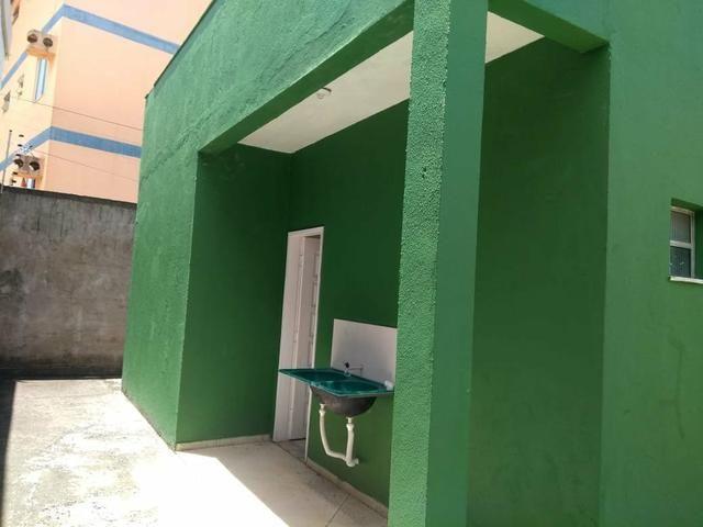 Cactos Centro de Ananindeua 150 metros da BR casas 2/4 em condomínio fechado com laje - Foto 12